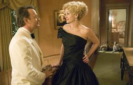 photo 2/37 - Tom Hanks et Julia Roberts - La Guerre Selon Charlie Wilson - © Paramount