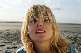 Le scaphandre et le papillon Emmanuelle Seigner photo 8 sur 15