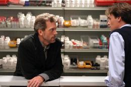 photo 52/60 - Dr. House- Saison 1 - Hugh Laurie - © 2004 FOX BROADCASTING COMPANY