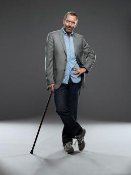 photo 36/60 - Dr House - Photos promotionnelles de la saison 6 - Hugh Laurie - © Fox