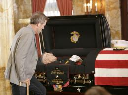 photo 18/60 - Dr House - Saison 5 - Hugh Laurie - © FOX