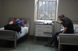 photo 34/60 - Dr. House - Saison 6 - Hugh Laurie - © Fox