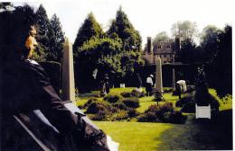 Meurtre dans un jardin Anglais photo 2 sur 3
