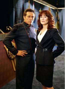 Mary McDonnell Battlestar Galactica photo 1 sur 3