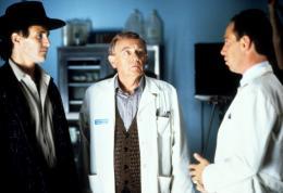 photo 106/136 - Michael Ontkean et Warren Frost - Twin Peaks - Saison 1