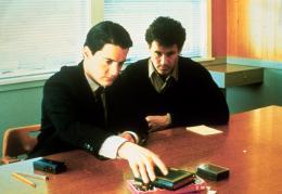 Twin Peaks - Saison 1 Kyle Maclachlan et Michael Ontkean photo 3 sur 136