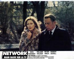 photo 5/6 - Faye Dunaway et William Holden - Network, main basse sur la télévision - © Swashbuckler Films