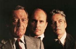 photo 1/6 - William Holden, Robert Duvall et Peter Fich - Network, main basse sur la télévision - © Swashbuckler Films