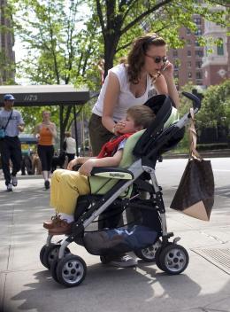 Le journal d'une baby-sitter Scarlett Johansson, Nicholas Art photo 2 sur 25