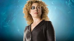 photo 94/320 - Alex Kingston - Doctor Who - © BBC
