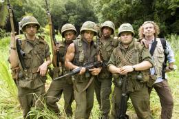 Tonnerre sous les tropiques Ben Stllier, Jack Black, Steve Coogan, Brandon T. Jackson, Robert Downey Jr. photo 1 sur 57