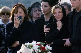 Enfin veuve Michèle Laroque photo 10 sur 24