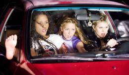 photo 30/36 - Sydney Tamiia Poitier, Marley Shelton, Sybil Danning - Grindhouse - Boulevard de la mort - © TFM Distribution