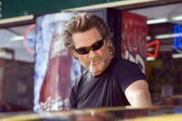 photo 11/36 - Kurt Russell - Grindhouse - Boulevard de la mort - © TFM Distribution