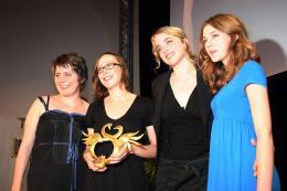 Pauline Acquart Louise Blach�re, C�line Sciamma, Pauline Acquart, Ad�le Haenel photo 6 sur 9