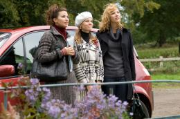 P.S. I Love You Gina Gershon, Hilary Swank, Lisa Kudrow photo 5 sur 44
