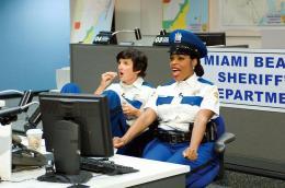 Niecy Nash Alerte à Miami : Reno 911 ! photo 3 sur 17