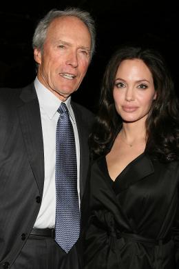photo 71/92 - Clint Eastwood, Angelina Jolie, Avant-premi�re � New York (Octobre 2008) - L'�change - © Universal