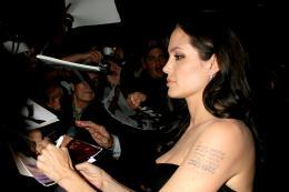 photo 87/92 - Angelina Jolie, Avant-premi�re � New York (Octobre 2008) - L'�change - © Universal