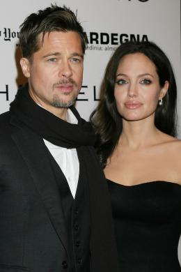 photo 85/92 - Brad Pitt, Angelina Jolie, Avant-premi�re � New York (Octobre 2008) - L'�change - © Universal