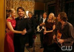 photo 130/329 - Kelly Rutherford et Mathew Settle - Saison 3 - Gossip Girl - © CW