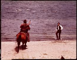 photo 6/12 - L'Homme des hautes plaines - © Universal Pictures Video