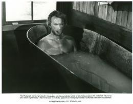 photo 4/12 - L'Homme des hautes plaines - © Universal Pictures Video