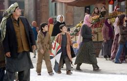 photo 15/39 - Zekeria Ebrahimi, Ahmad Khan Mahmidzada - Les Cerfs-Volants de Kaboul - © Paramount