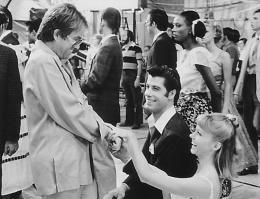 photo 16/20 - Allan Carr, John Travolta, Olivia Newton-John - Grease - © Paramount