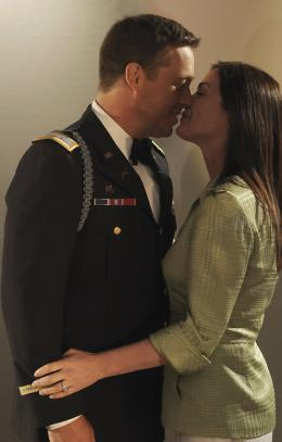 Catherine Bell American Wives photo 2 sur 13