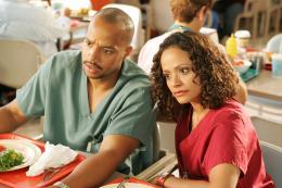 photo 3/9 - Donald Adeosun Faison, Judy Reyes - Scrubs - Saison 5 - © BVHE