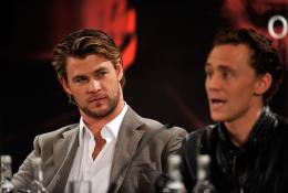 photo 34/59 - Tom Hiddleston, Chris Hemsworth - Thor - © Paramount