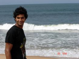 photo 1/3 - Nikhil, mon frère - © Antiprod