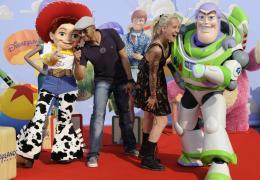 photo 157/160 - Dave et Stephanie (casting Nouvelle star 2010). Avant première Toy Story 3 - Disneyland Paris, 26 Juin 2010 - Toy Story 3 - © Walt Disney Studios Motion Pictures France