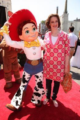 photo 130/160 - Joan Cuzack. Avant-première Toy story 3 -Los Angeles - Toy Story 3 - © Walt Disney Studios Motion Pictures France