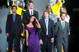 photo 64/113 - Megan Fox, Michael Bay, Shia LaBeouf, Ramon Rodriguez, Josh Duhamel, actor Tyrese Gibson et Isabel Lucas - Avant-première à Tokyo (Juin 2009) - Transformers 2 : La Revanche - © Paramount