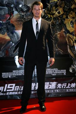 photo 60/113 - Josh Duhamel - Avant-première à Tokyo (Juin 2009) - Transformers 2 : La Revanche - © Paramount