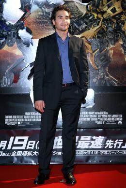 photo 58/113 - Ramon Rodriguez - Avant-première à Tokyo (Juin 2009) - Transformers 2 : La Revanche - © Paramount