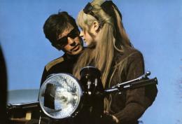 photo 4/4 - La Motocyclette - © Artus Films