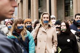 Connie Nielsen Bataille � Seattle photo 9 sur 16
