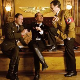 photo 6/9 - Sylvester Groth, Stephan Kurt et Ulrich Noethlen - Mon Fuhrer - © Jour2Fête
