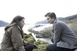photo 25/64 - Kristen Stewart, Robert Pattinson - Twilight - Chapitre 1 : Fascination - © SND