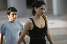 Zion et son frère Reuven Badalov, Ronit Elkabetz photo 2 sur 16