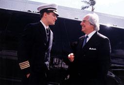 Arrête-moi si tu peux Leonardo DiCaprio et Frank Abagnale Jr. photo 8 sur 11
