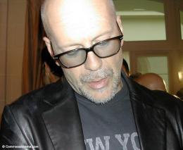 photo 20/22 - Bruce Willis - Conférence de presse Paris, Avril 2005 - Otage