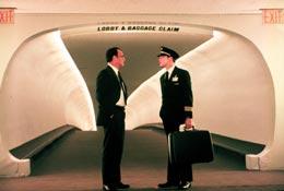 photo 1/11 - Leonardo DiCaprio et Tom Hanks - Arrête-moi si tu peux