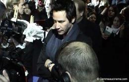 photo 17/24 - Keanu Reeves - Avant-première à Paris - février 2005 - Constantine