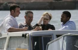 Un crime dans la tête Présentation du Film au Festival de Venise - 2 septembre 2004 photo 5 sur 37