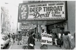 Inside Deep Throat photo 2 sur 13
