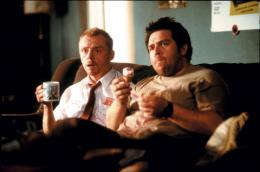 photo 10/13 - Simon Pegg, Nick Frost - Shaun of the dead